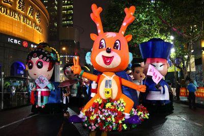 2014年上海旅游节开幕大巡游精彩上演